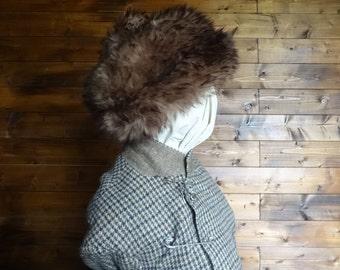 Vintage English brown shearling fur hat woman ladies unisex size m circa 1970-80's / English Shop