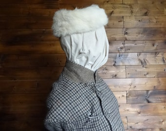 Vintage English white cream rabbit fur pillbox hat woman ladies unisex circa 1940-50's / English Shop