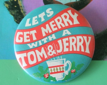 1980s Vintage TOM and JERRY Button Pin...retro accessories. kitsch. flair. jewelry. 80s accessories. funky. ice cream. get merry. dessert