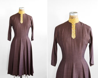 SALE / 1950s Dress - 50s Dress - Brown Mockneck Day Dress