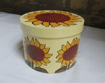 Vintage Metal Floral Tin / Sunflower Tin / Round Floral Tin / Metal Tin Box / Mod Floral Tin / Retro Tin / Storage Tin / Craft Container