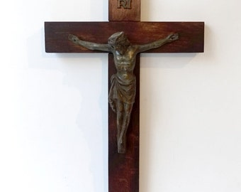 ON SALE Antique oak wood wall crucifix cross with cast brass metal jesus, large wall crucifix