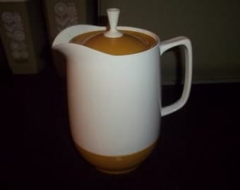 Thermos Insulated Ware Coffee Server Carafe, gold and cream color
