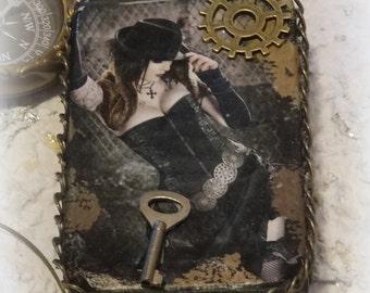 Altered Altoid Tin, Steam Punk, Steampunk, Credit Card Case, Stash Box, Change Purse, Makeup Case, Steampunk Keepsake Box, Metal Wallet