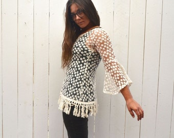 Lace Fringe Top Early 90s Vintage White Daisy Sheer Bell Sleeve Grunge Boho Blouse Small
