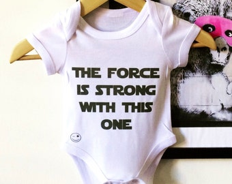 StarWars Baby grow. The Force is Strong baby onesie. Jedi baby clothes. Baby boy clothing.