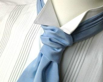 Disquette avec noeud - mens - auto cravate - juste pour hommes - pure soie crêpe de chine, bleu ciel - Bagzetoile mens main noeuds papillon