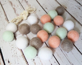 Soft Vintage DIY Felt Ball Garland Kit >>--> 20  2.5 cm Felt balls Blush Pink / Mint / White / Taupe + 3 yds Gold Foil Twine