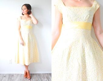 Vintage 1950's 1960's yellow lace dress // summer yellow lace dress // modest dress spring dress // empire waist // mad men tea length dress
