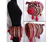 Vintage Purse//Wicker//Pig//Shoulder Bag// figural// Multi Colored //Handbag