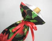 Poinsetta Blooms, Class Wrap Wine Gift Bag