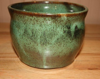 Planter pot, handmade pottery, verdigris color, earthy tones, planter, pottery pot