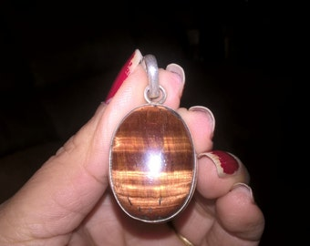 sterling silver cats eye stone pendant