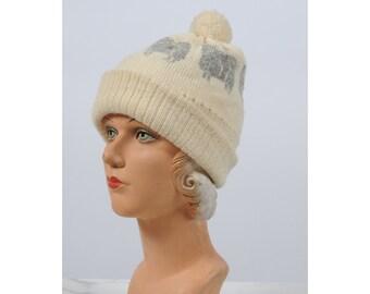 vintage hat/ vintage woolrich sheep/ wool