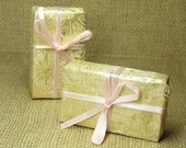 Miniature present wrapped gift box dollhouse package Christmas Birthday Anniversary large gold pink ribbon mini crafts embellishment supply