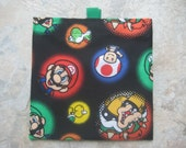 Mario and Friends Reusable Sandwich Bag, Reusable Snack Bag with easy open tabs