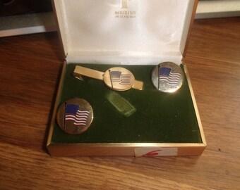vintage cufflinks cuff links tie tac set goldtone usa flag