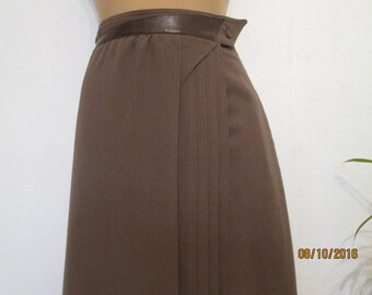 Skirt Wrap / Skirt Vintage / Brown Wrap Skirt / Wool Skirt / Wool Skirt Wrap / Made in West Germany / Size EUR42 / UK14