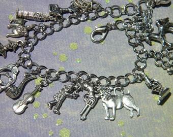 Sherlock HOLMES Charm Bracelet VIOLIN handcuffs MICROSCOPE Gun Watson 's Bulldog Train Horse Adjustable