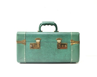 Mid-Century Crown Luggage Sea Foam Green Train Case