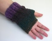Knitting Pattern: One Skein Easy Ribbed Fingerless Gloves Pattern 2 Versions Worked Flat and In the Round