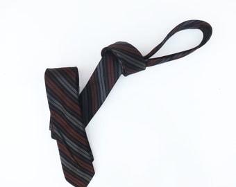 "Vintage 1950s 1960s Mod SUPER Skinny Neck Tie - Black Grey Rust Brown Diagonal Strieps. Striped Tie Mid century modern. 1"" (1.5)"