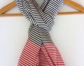 Scarf black and red stripe made out of Ethiopian cotton.