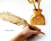 GOLD Feather pens set, Wedding pen, Gold Feather, Pen Ball point pen, Gold Wedding Feather Pen and pen holder, Guest book pen and pen holder