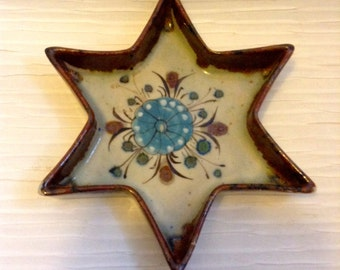 Vintage Tonala, Mexico Star shaped Dish.  Modernist Ceramic Ken Edwards. 1960's.
