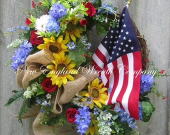 Americana Wreath, Patriotic Wreath, Fourth of July Wreath, Sunflower Wreath, Elegant Patriotic Wreath, Country Cottage, American Flag Wreath