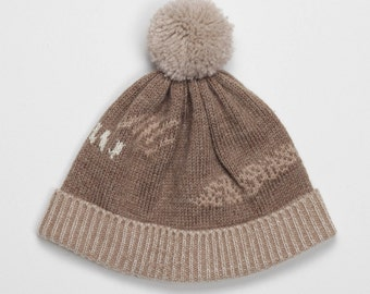 SALE -65% Brown abstract beanie with jacquard knitting pattern in warm beige caramel and pearl white color design