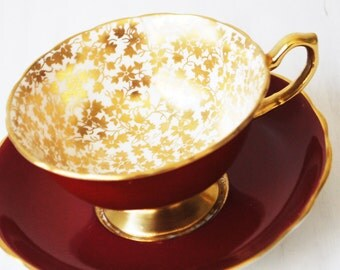 Hammersley Teacup and Saucer / Burgundy and Gold Chintz / Vintage Tea Cup