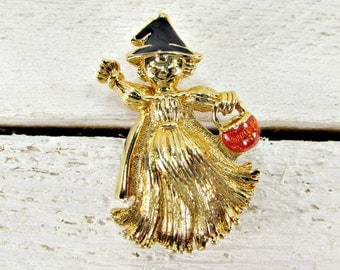 Vintage HALLOWEEN Brooch Pin, Gold Witch Brooch with Black Hat and Pumpkin, Gold Figural Brooch, 1980s Jewelry, Gift for Coworker Mom Friend