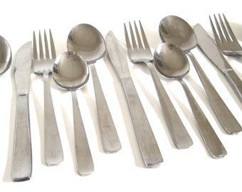Mid Century Flatware Set Stainless 16-pc Service for 4 Sohnaco Stainless Japan
