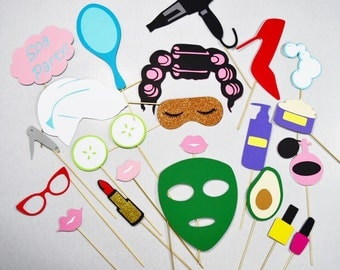 Spa party photo booth props**23 piece**, nails , hair salon, cucumber props, eye mask props