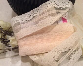 Vintage Peachy Ivory Nylon Lingerie Lace, Vintage Bridal Lace Trim, Vintage Wedding Lace