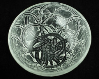 """Vintage Lalique """"Pinsons"""" Clear and Frosted Glass Bowl"""