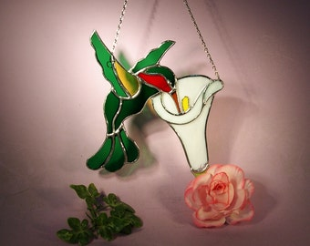 Stained Glass Suncatcher Hummingbird with Cala Lily  (686)