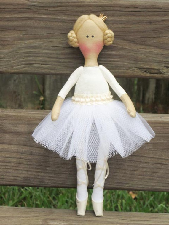 Fürsten Puppe, Ballerina Puppe, handgemachte Rag Puppe Stoff Puppe Stoff Puppe ausgestopfte Puppe weiße Creme Softie Plüsch Geschenk für Mädchen