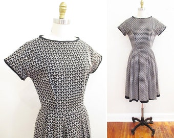 Vintage 1950s Dress | Black and White Embroidered 1950s Cotton Dress | size small