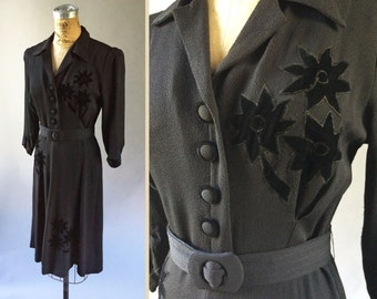 Gorgeous 1930s Black Crepe Rayon Dress New York Dress Institute Long Sleeve Silk Velvet Floral & Original Belt