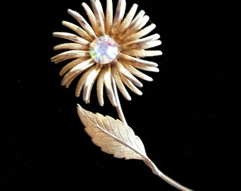 Flower Brooch Aurora Borealis Rhinestone Daisy Vintage Retro
