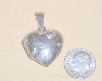 Vintage Sterling Silver Puffy Heart Locket Charm Or Pendant 1980's Signed Jewelry 2106