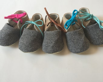 Baby wool and leather booties, slippers, crib shoes with shiny lambskin sole