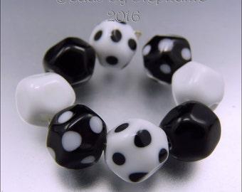 BLACK & WHITE NUGGETS – Lampwork Bead Set - Handmade by Stephanie Gough sra