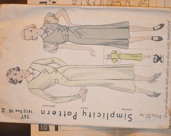 Vintage Simplicity Day Dress Pattern #747/1412