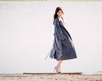 Grey wool dressy overcoat with floral lining