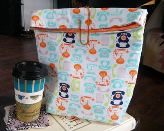Insulated Lunch Bag with Wipeable Vynil Lining and Large Adorable Paper Clip! Cute VINTAGE Phones Pattern