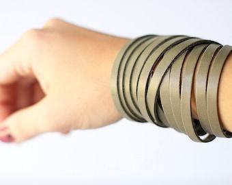 Leather Bracelet / Original Sliced Wrap Cuff / Fossil Grey