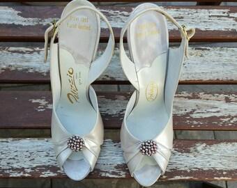 Vintage 1960's Palizzio Peep Toe Slingback Heel, Size 7 1/2, Wedding Heels